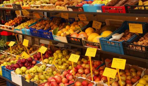 Weekly market and markets agricultural products