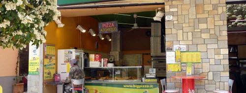 Big Pizza (Ph: Provincia di Savona)