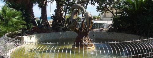 Fontana dei Delfini (Ph: Provincia di Savona)
