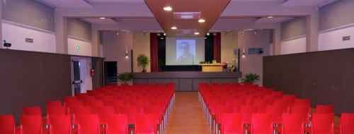 Sala Polifunzionale Don Piana (Ph: Comune di Diano Marina)