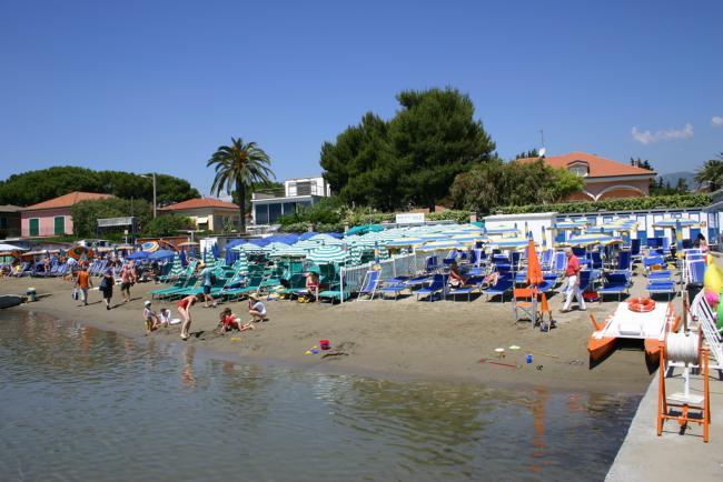 Bagni hotel sole turismo diano marina