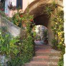 Borgo di Cervo nel Dianese (Ph. Giuliano Tavernelli)