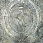 Palazzo Comunale - Piano terra, stemma del Comune in bronzo (Ph: Comune di Diano Marina)
