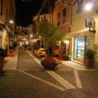 Isola Pedonale, Via Milano ang. Via Cairoli (Ph: Comune di Diano Marina)